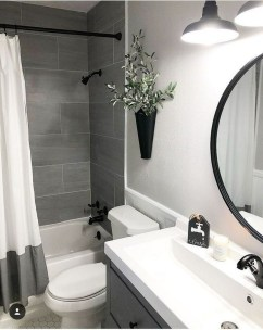 Splendid Small Bathroom Remodel Ideas For You 41