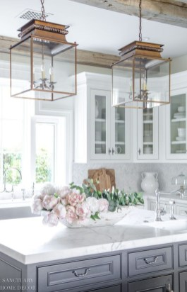 Stylish Spring Home Décor Ideas You Will Definitely Want To Save 06