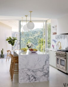 Unusual White Kitchen Design Ideas To Try 27