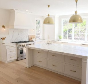 Unusual White Kitchen Design Ideas To Try 31