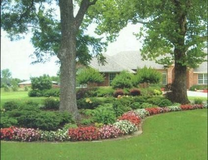 Adorable Flower Beds Ideas Around Trees To Beautify Your Yard 06