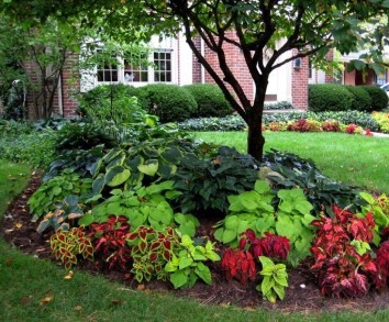 Adorable Flower Beds Ideas Around Trees To Beautify Your Yard 10