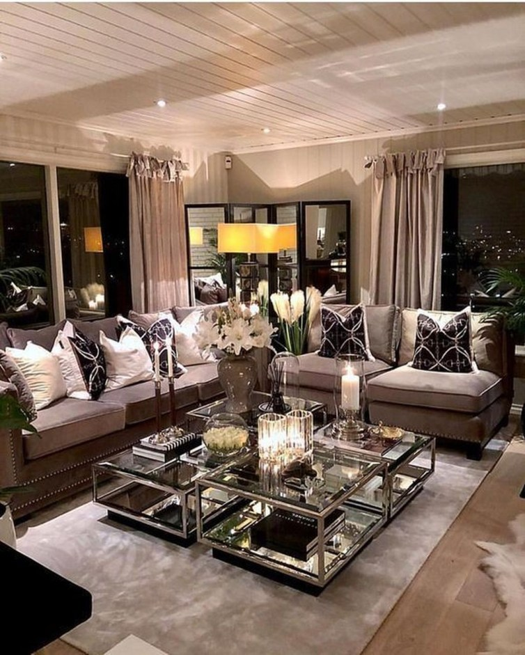 Attractive Small Living Room Decor Ideas With Perfect Lighting 09