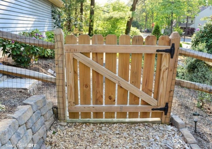 Best Diy Fences And Gates Design Ideas To Showcase Your Yard 14