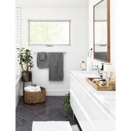Chic Farmhouse Bathroom Desgn Ideas With Shower 07
