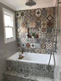 Chic Farmhouse Bathroom Desgn Ideas With Shower 13
