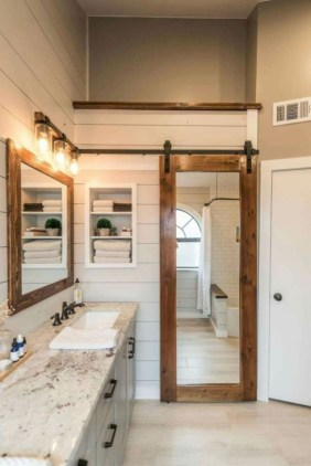 Chic Farmhouse Bathroom Desgn Ideas With Shower 34