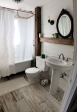 Chic Farmhouse Bathroom Desgn Ideas With Shower 37