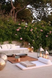 Classy Backyard Makeovers Ideas On A Budget To Try 45