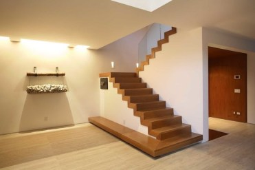 Gorgeous Wooden Staircase Design Ideas For Branching Out 13