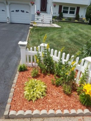 Hottest Backyard And Front Yard Landscaping Design Ideas For Your Dream House 27