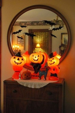 Hottest Halloween Decorating Ideas To Try Now 41
