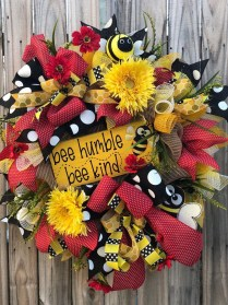 Hottest Summer Wreath Design And Remodel Ideas 12