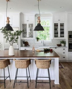 Latest Farmhouse Kitchen Décor Ideas On A Budget 22
