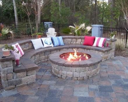 Newest Backyard Fire Pit Design Ideas That Looks Great 03