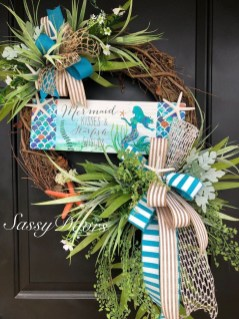 Newest Front Door Wreath Decor Ideas For Summer 12