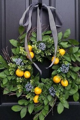 Newest Front Door Wreath Decor Ideas For Summer 26