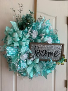 Newest Front Door Wreath Decor Ideas For Summer 52