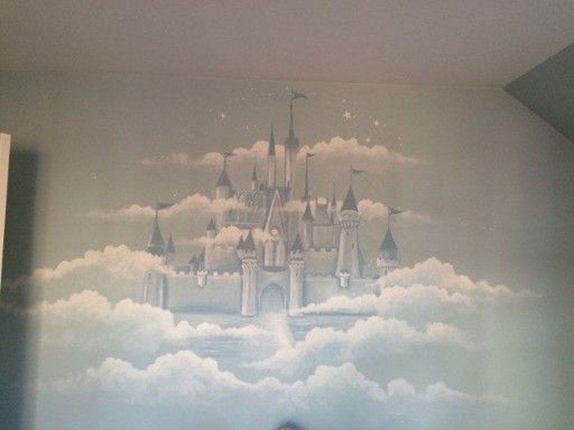 Adorable Disney Room Design Ideas For Your Childrens Room 06