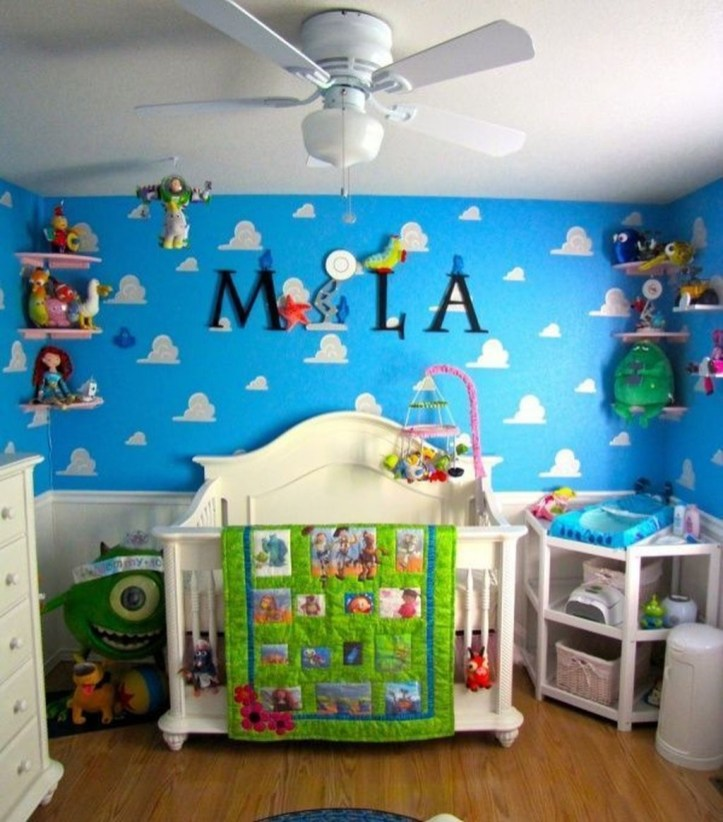 Adorable Disney Room Design Ideas For Your Childrens Room 23