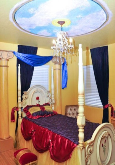 Adorable Disney Room Design Ideas For Your Childrens Room 29