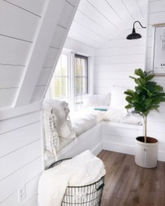 Amazing Window Seat Ideas For A Cozy Home 38