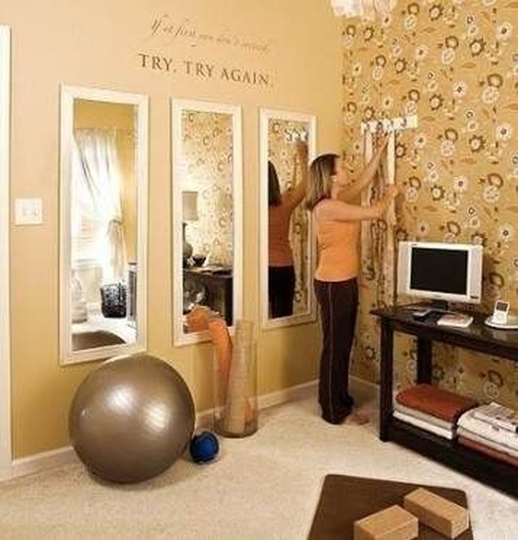 Astonishing Home Gym Room Design Ideas For Your Family 21