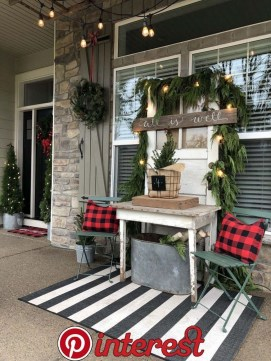 Charming Outdoor Décor Ideas For Christmas To Try 35