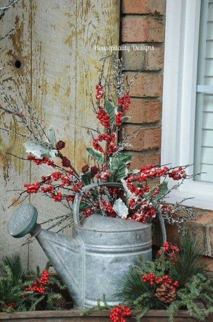 Charming Outdoor Décor Ideas For Christmas To Try 36