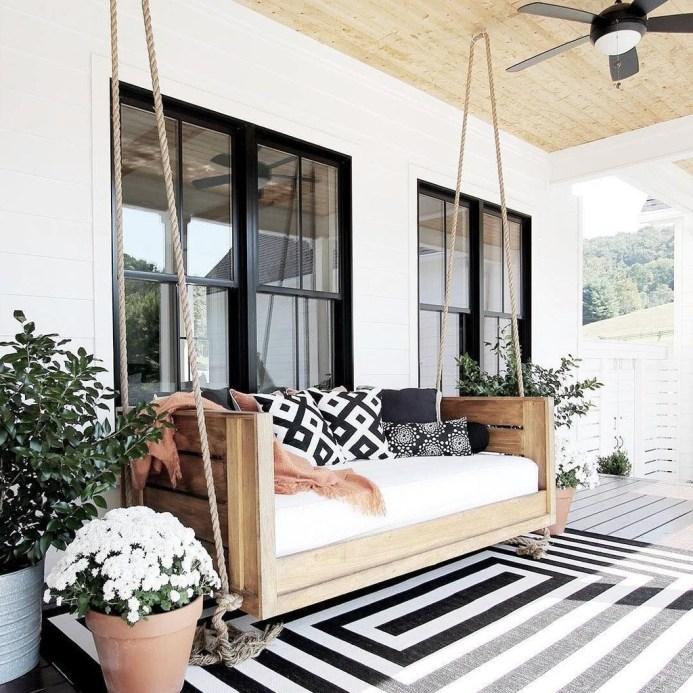 Cute Farmhouse Exterior Design Ideas That Inspire You 23