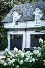 Cute Farmhouse Exterior Design Ideas That Inspire You 30