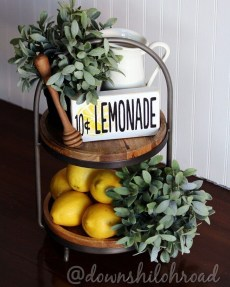 Impressive Farmhouse Decor Ideas That Suitable For Summer 07