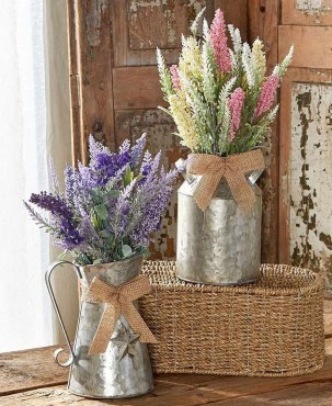Impressive Farmhouse Decor Ideas That Suitable For Summer 36