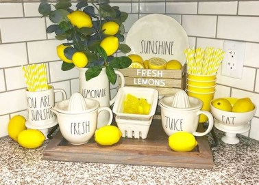 Impressive Farmhouse Decor Ideas That Suitable For Summer 42