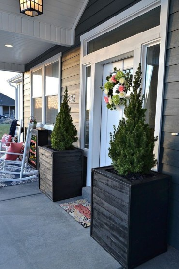 Perfect Porch Planter Design Idseas That Will Give Your Exterior A Unique Look 01