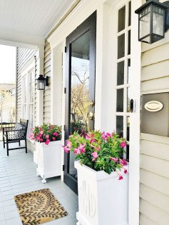 Perfect Porch Planter Design Idseas That Will Give Your Exterior A Unique Look 30