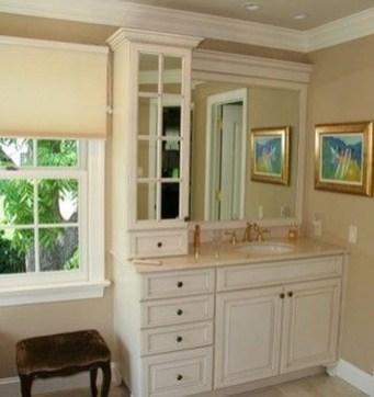 Wonderful Single Vanity Bathroom Design Ideas To Try 13