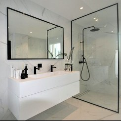 Wonderful Single Vanity Bathroom Design Ideas To Try 17