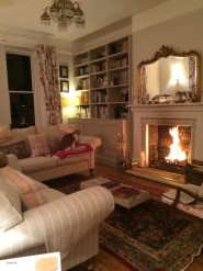 Amazing Country Living Room Design Ideas30