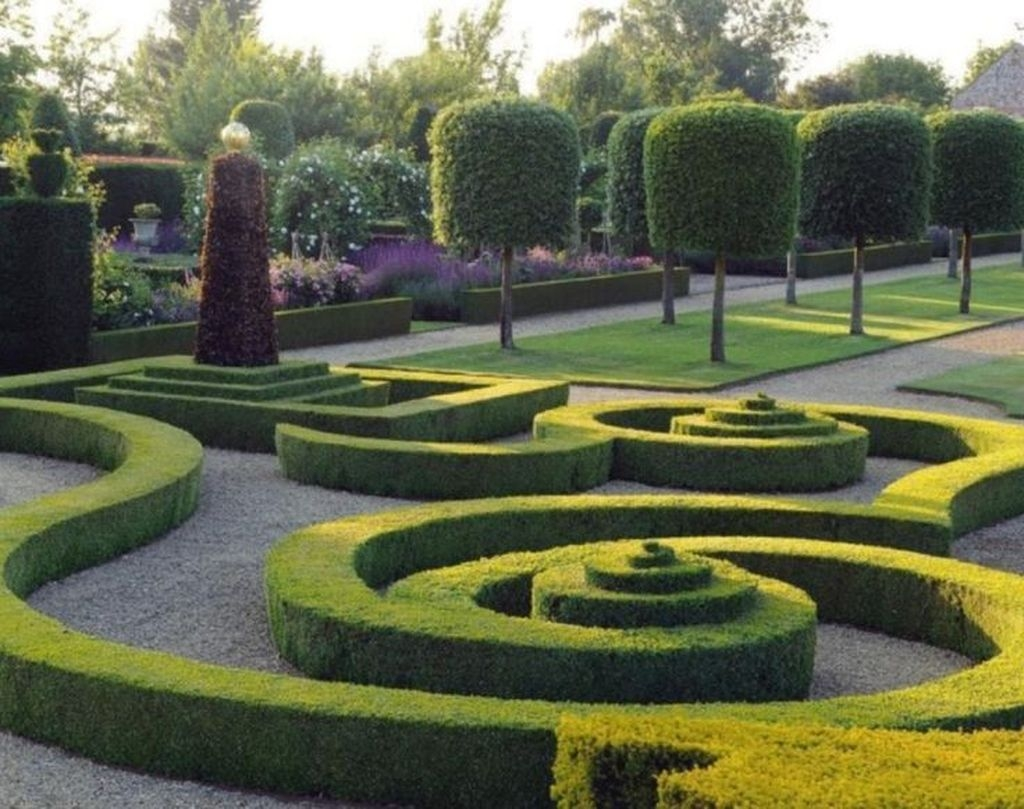 Best Ideas For Formal Garden Design05