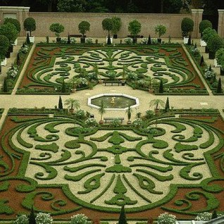 Best Ideas For Formal Garden Design26