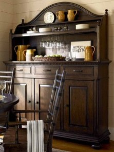 Gorgeous Dining Room Hutch Décor Ideas01