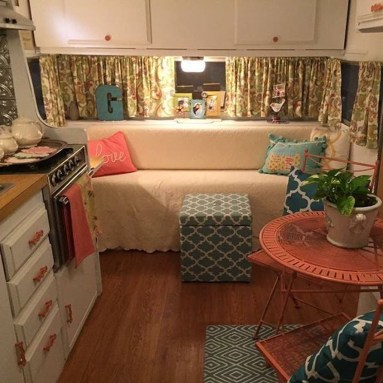 Adorable Vintage Travel Trailers Remodel Ideas20