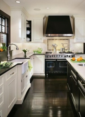Affordable Black And White Kitchen Cabinets Ideas38