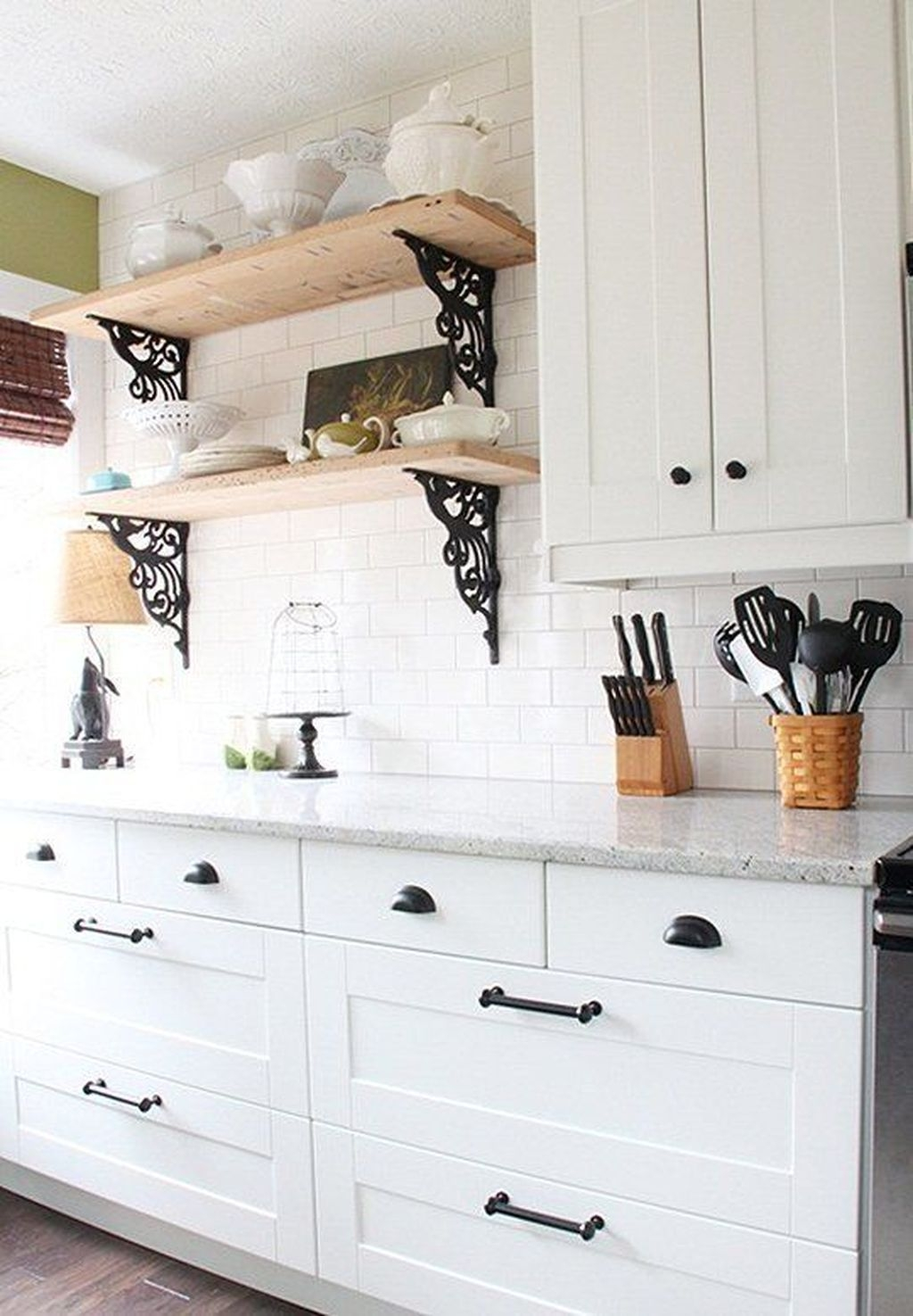 Comfy Kitchen Remodel Ideas For Small Kitchen18