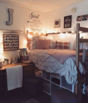 Easy Diy Projects For Your Dorm Room Design23