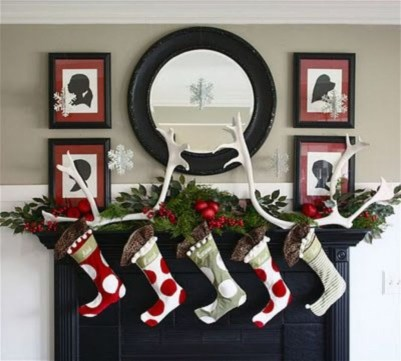 Best Ways To Decorate Your Circle Mirror With Garland20
