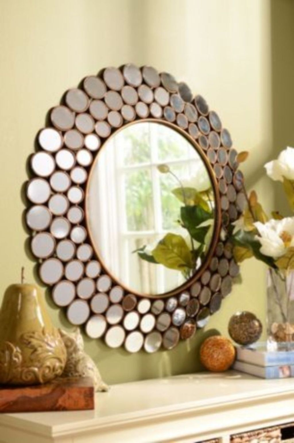 Best Ways To Decorate Your Circle Mirror With Garland32