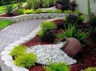 Cool Front Yard Rock Garden Ideas02