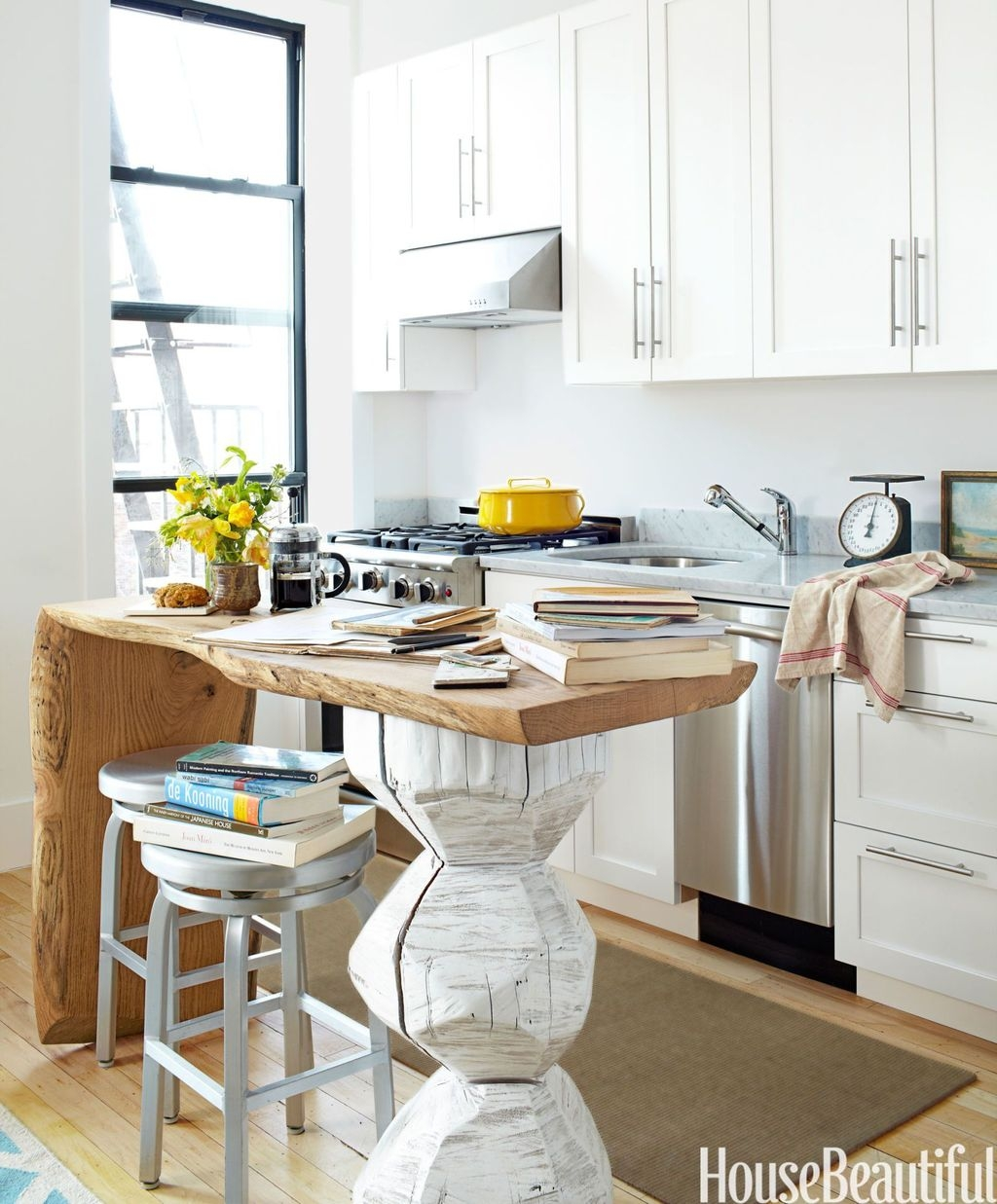 Cool Small Apartment Kitchen Ideas27